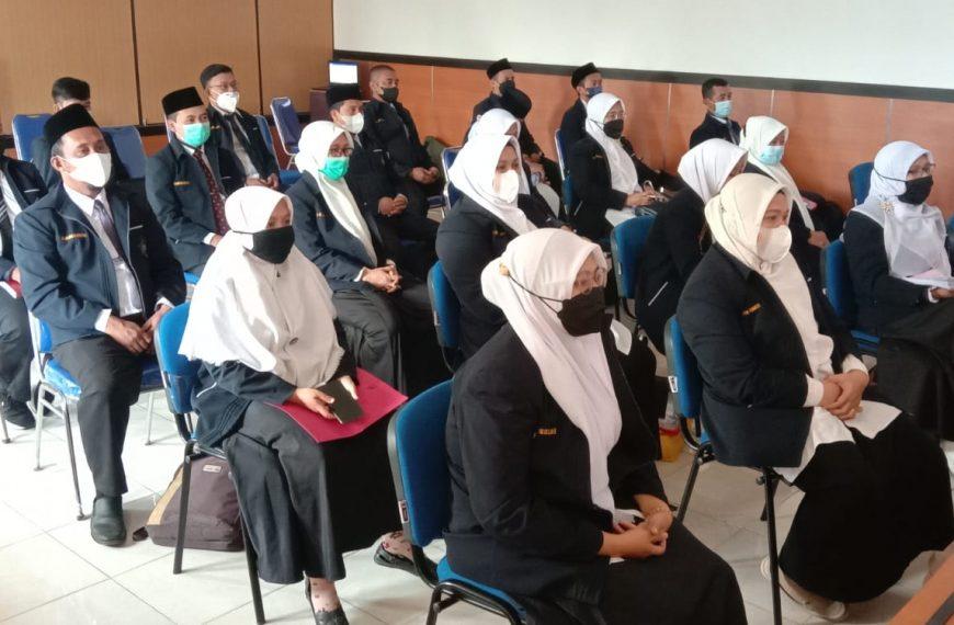 KEGIATAN UJIAN TESIS TAHAP II ( TERBUKA ) PROGRAM STUDI MAGISTER (S2) PENDIDIKAN AGAMA ISLAM ANGKATAN VI TAHUN AKADEMIK 2020/2021